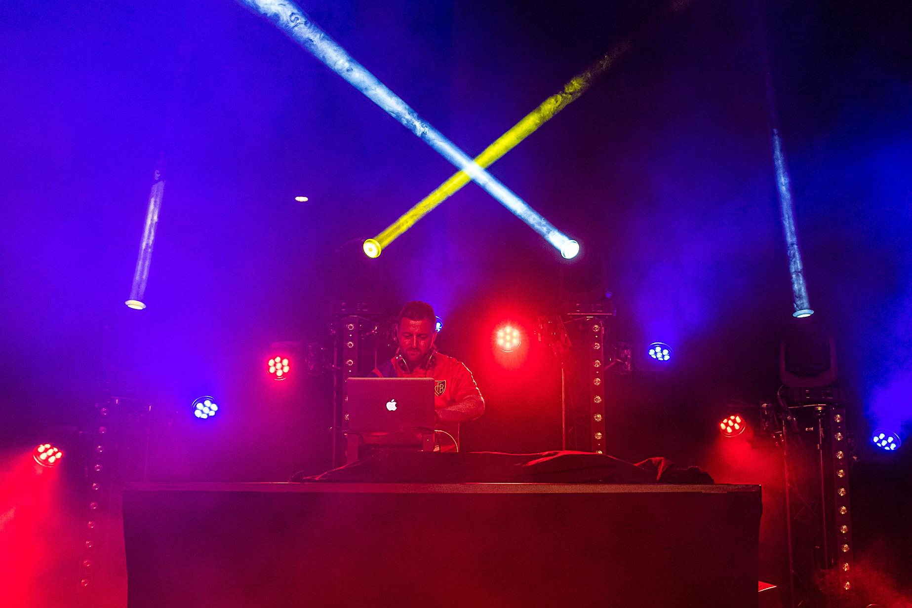DJ UNICK